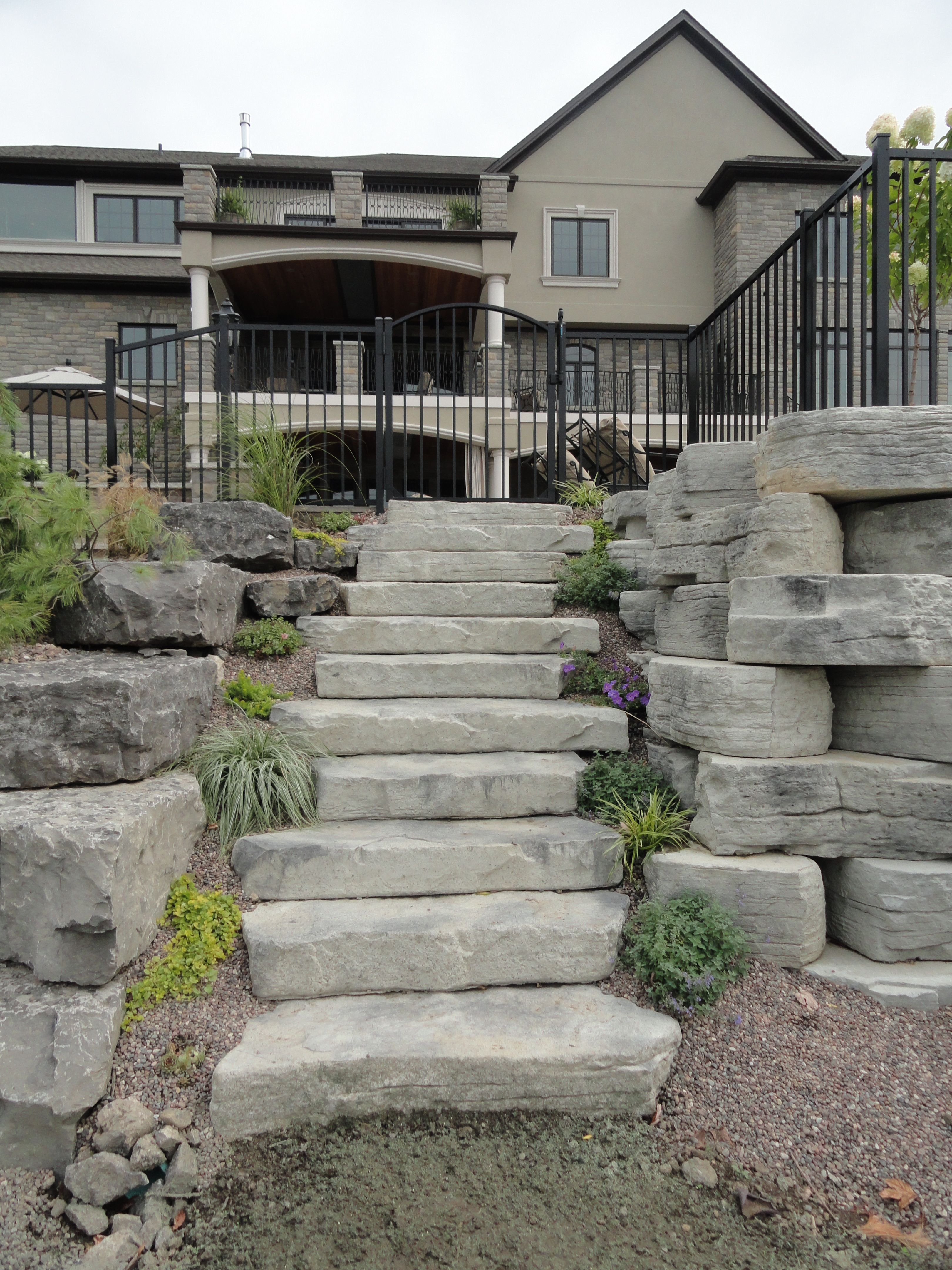 Back Yard Wall with Steps