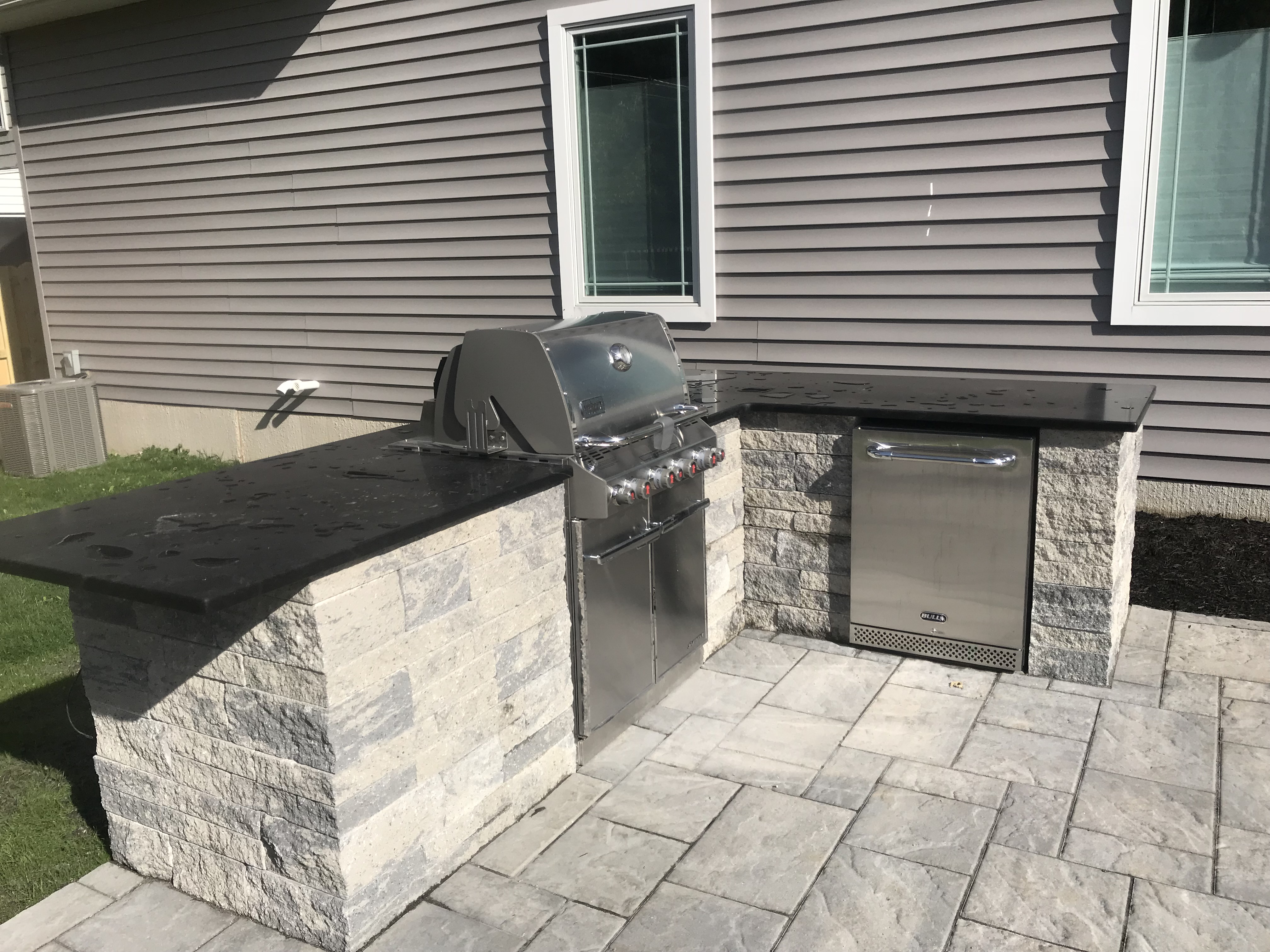 Outdoor Cooking Grill